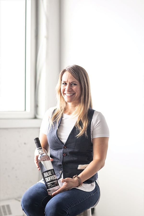 julie dufresne, Emploiretraite, entrepreneur, pur entrepreneur, cocktail, pur vodka, adopte inc